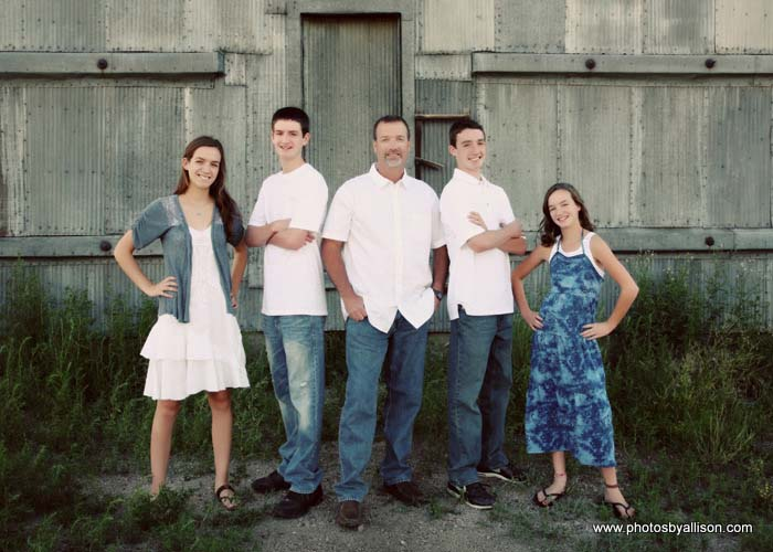 54-family_barn_dowtown_cstle_rock_urban_photographer.jpg