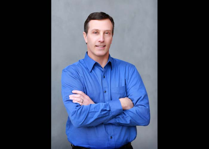 66-headshots_business_blue_shirt_man_photos_photographer_CastleRock.jpg