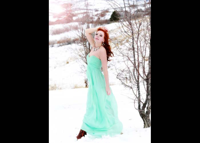 90-1-snow.dress_gown_prom_red_wind_senior_photographer.jpg